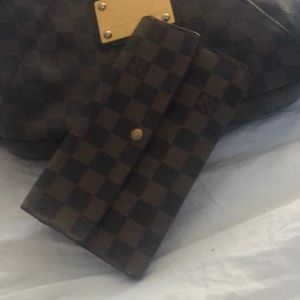 Louis Vuitton wallet authentic